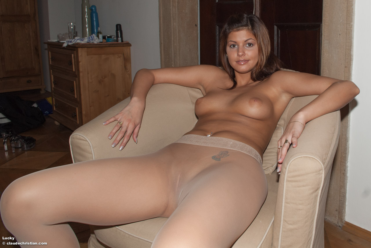naked women wearing nylons
