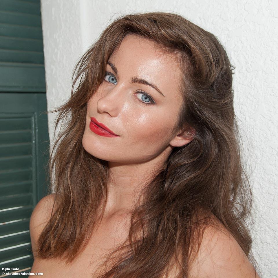 Nude busty boob aldana